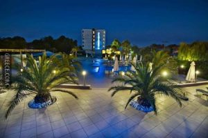 Cronwell_Platamon_Resort